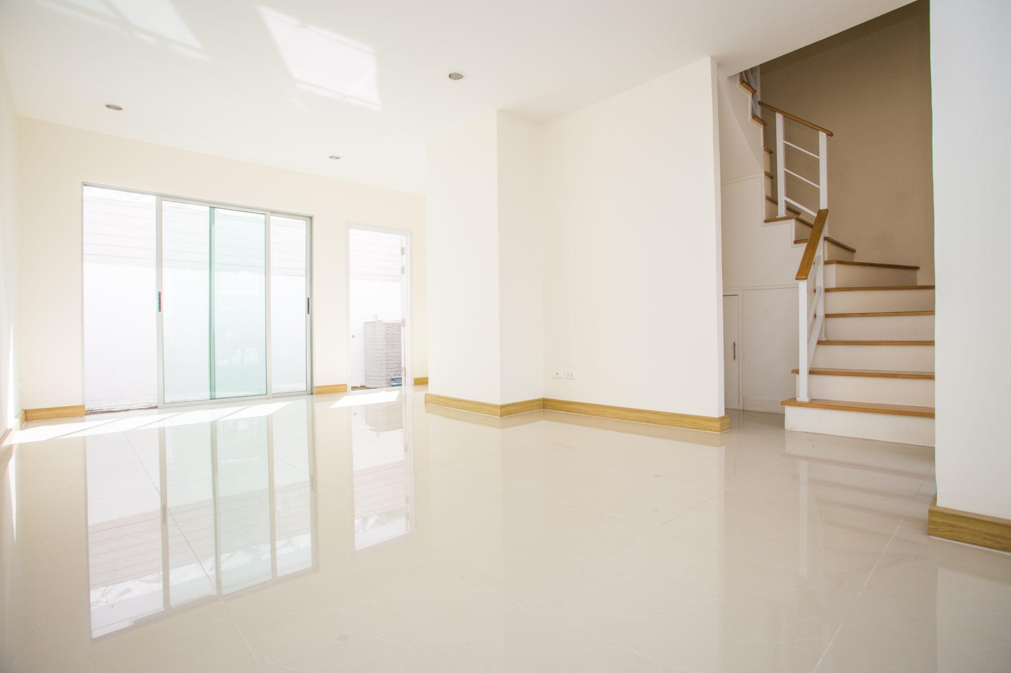 Interier-bytoveho-domu-vizual-Steelong