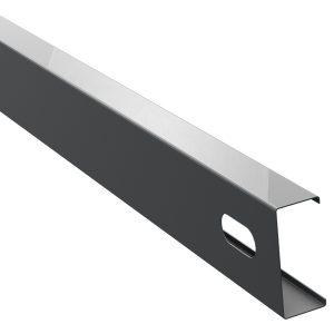 Servisny-otvor-ocelovy-profil