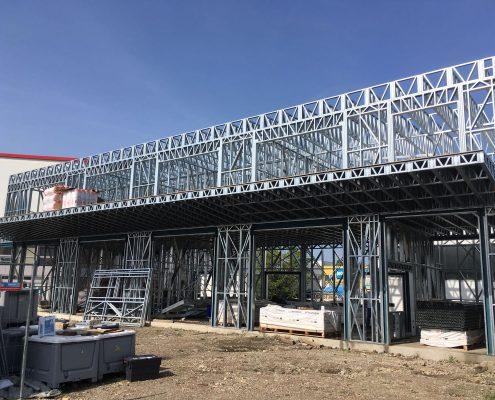Montovana-hala-z-ocelovej-konstrukcie-Steelong