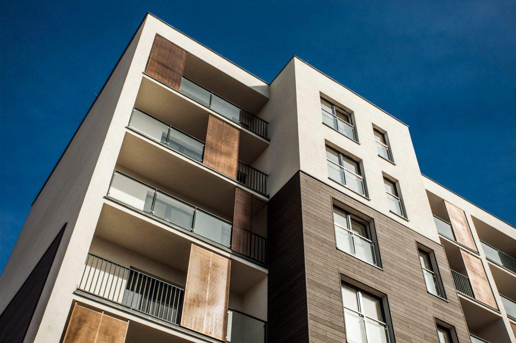 Montovany-bytovy-dom-ocelovou-konstrukciou-Steelong